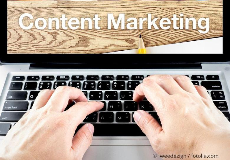 Content Marketing on Laptop